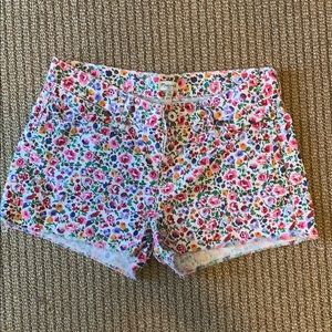 Madewell mid-rise flower patterned shorts